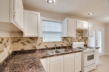 2301 True Avenue 3 Beds House for Rent Photo Gallery 1