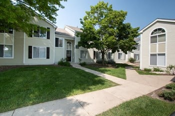 1690 Covington Court 1-2 Beds Apartment for Rent Photo Gallery 1