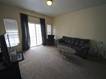 454 North Seven Peaks Blvd. #317 3 Beds Condo for Rent Photo Gallery 1