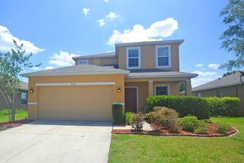 6914 Glenbrook Dr 3 Beds House for Rent Photo Gallery 1