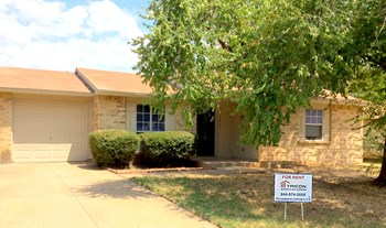 7017 Fallbrook Ct. E., Fort Worth, TX 2 Beds House for Rent Photo Gallery 1