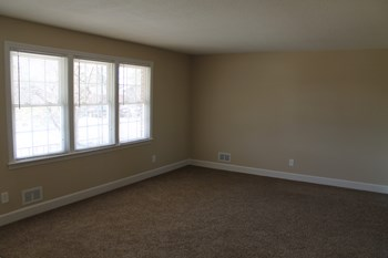 207 W Hanover Ave, Columbia, SC 3 Beds House for Rent Photo Gallery 1