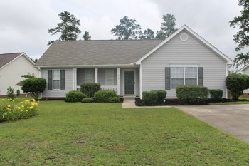 214 Kendrick Road, Columbia, SC 3 Beds House for Rent Photo Gallery 1
