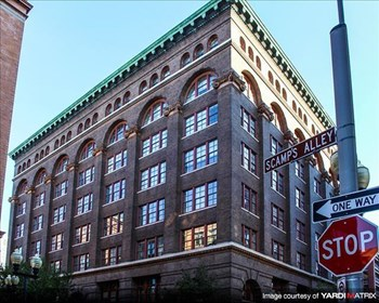 323 West 8th Street 1-2 Beds Apartment for Rent Photo Gallery 1
