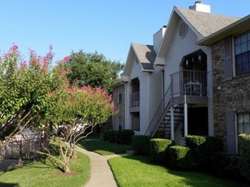 1930 Hebron Parkway 1-2 Beds Apartment for Rent Photo Gallery 1