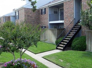 2535 Marsh Lane 1-2 Beds Apartment for Rent Photo Gallery 1