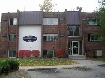 3305-3307 Jefferson Avenue 2 Beds Apartment for Rent Photo Gallery 1