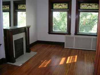 3010-3012 Burnet Avenue Studio-1 Bed Apartment for Rent Photo Gallery 1