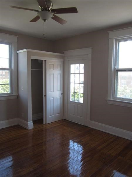 221 E Rochelle Street Photo Gallery 2