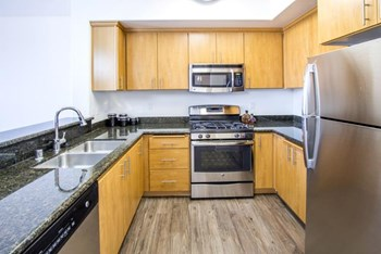 8719 Variel Ave 1-3 Beds Apartment for Rent Photo Gallery 1