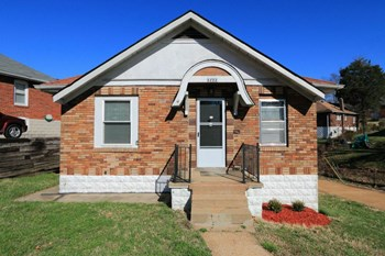 3222 Welsberg 2 Beds House for Rent Photo Gallery 1