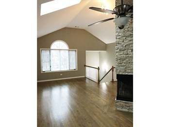 1334 N. Cleaver St. 2-3 Beds Apartment for Rent Photo Gallery 1