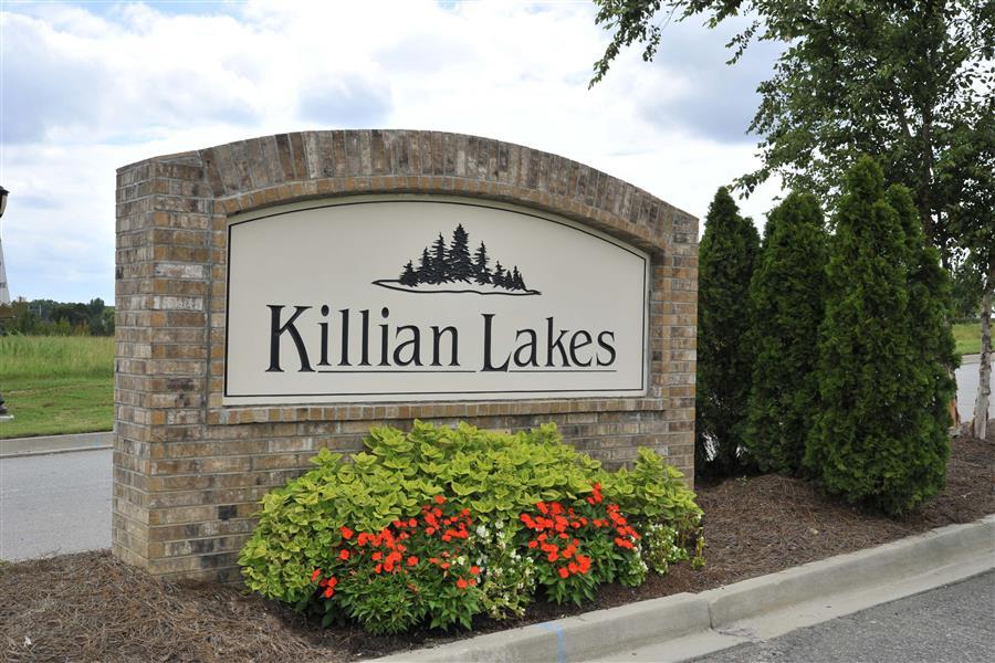 Killian Lakes Apartments