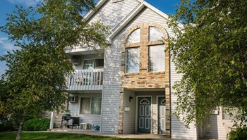 5992 S. Kurtz Road #4 1-3 Beds Apartment for Rent Photo Gallery 1