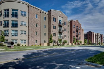 831 S KIMBROUGH AVE 1-4 Beds Apartment for Rent Photo Gallery 1