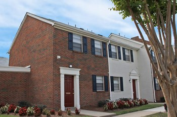 531 Bulkeley Pl, Apt 1 Studio-3 Beds Apartment for Rent Photo Gallery 1
