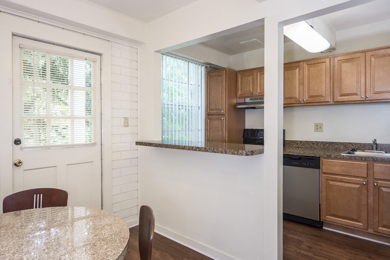 Newly Renovated Kitchens with Upgraded Cabinets & Counter Tops