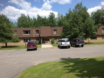 900 & 910 Dorchester Road 1-2 Beds Apartment for Rent Photo Gallery 1