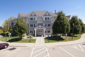 2205 Shenandoah Lane N 1-3 Beds Apartment for Rent Photo Gallery 1