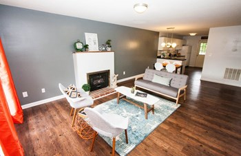 1615 Collegeview Ave 2 Beds Apartment for Rent Photo Gallery 1