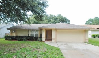 8221 Wellsmere Cir 3 Beds House for Rent Photo Gallery 1