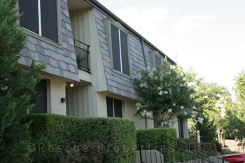 2500 E. 22nd Street 1-2 Beds Apartment for Rent Photo Gallery 1