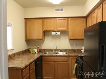 139-151 Louise Dr 1-2 Beds Apartment for Rent Photo Gallery 1