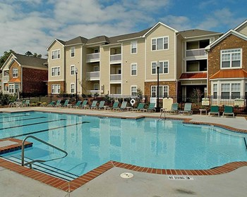 2305 Farmer Street 1-3 Beds Apartment for Rent Photo Gallery 1