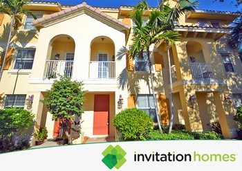 1380 Piazza Pitti 4 Beds House for Rent Photo Gallery 1