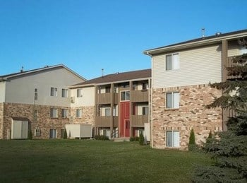 8699 Meadowbrook Drive, 1-2 Beds Apartment for Rent Photo Gallery 1