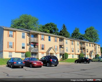 6111 Woodfield Drive SE 1-2 Beds Apartment for Rent Photo Gallery 1