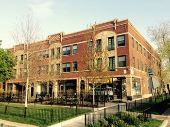 1441-47 Jarvis/7359-63 Greenview 1-3 Beds Apartment for Rent Photo Gallery 1