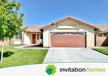 43162 28th Street West 4 Beds House for Rent Photo Gallery 1