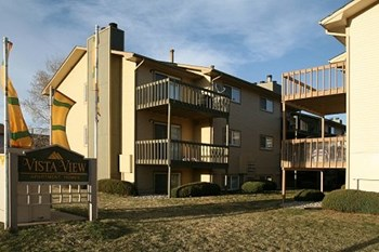 5537 N UNION BLVD 1-2 Beds Apartment for Rent Photo Gallery 1