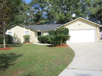 570 Constitution Dr 3 Beds House for Rent Photo Gallery 1
