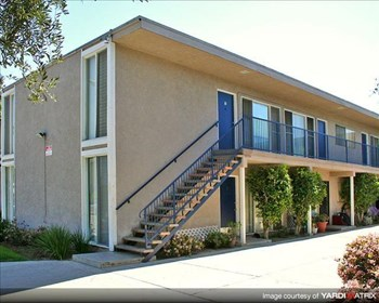 5601 N Paramount Blvd. 1-3 Beds Apartment for Rent Photo Gallery 1
