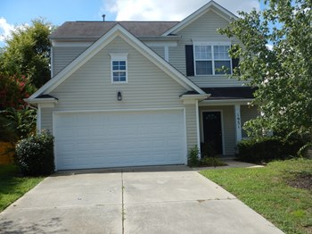 1931 Moss Creek Dr, Harrisburg, NC 3 Beds House for Rent Photo Gallery 1