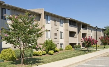 3069 E Ordway Dr, NW 1-3 Beds Apartment for Rent Photo Gallery 1