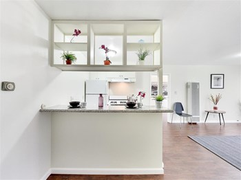 800 East 20th Street 1 Bed Apartment for Rent Photo Gallery 1