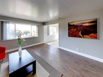 2166 E 27th Street 1-2 Beds Apartment for Rent Photo Gallery 1