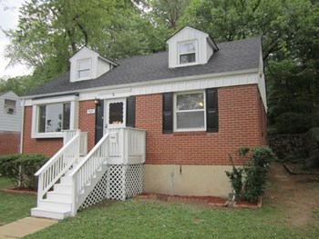 927 Olmstead Rd 3 Beds House for Rent Photo Gallery 1