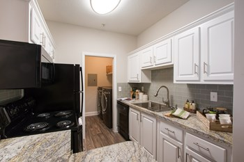 100 Crossing Blvd 1-3 Beds Apartment for Rent Photo Gallery 1