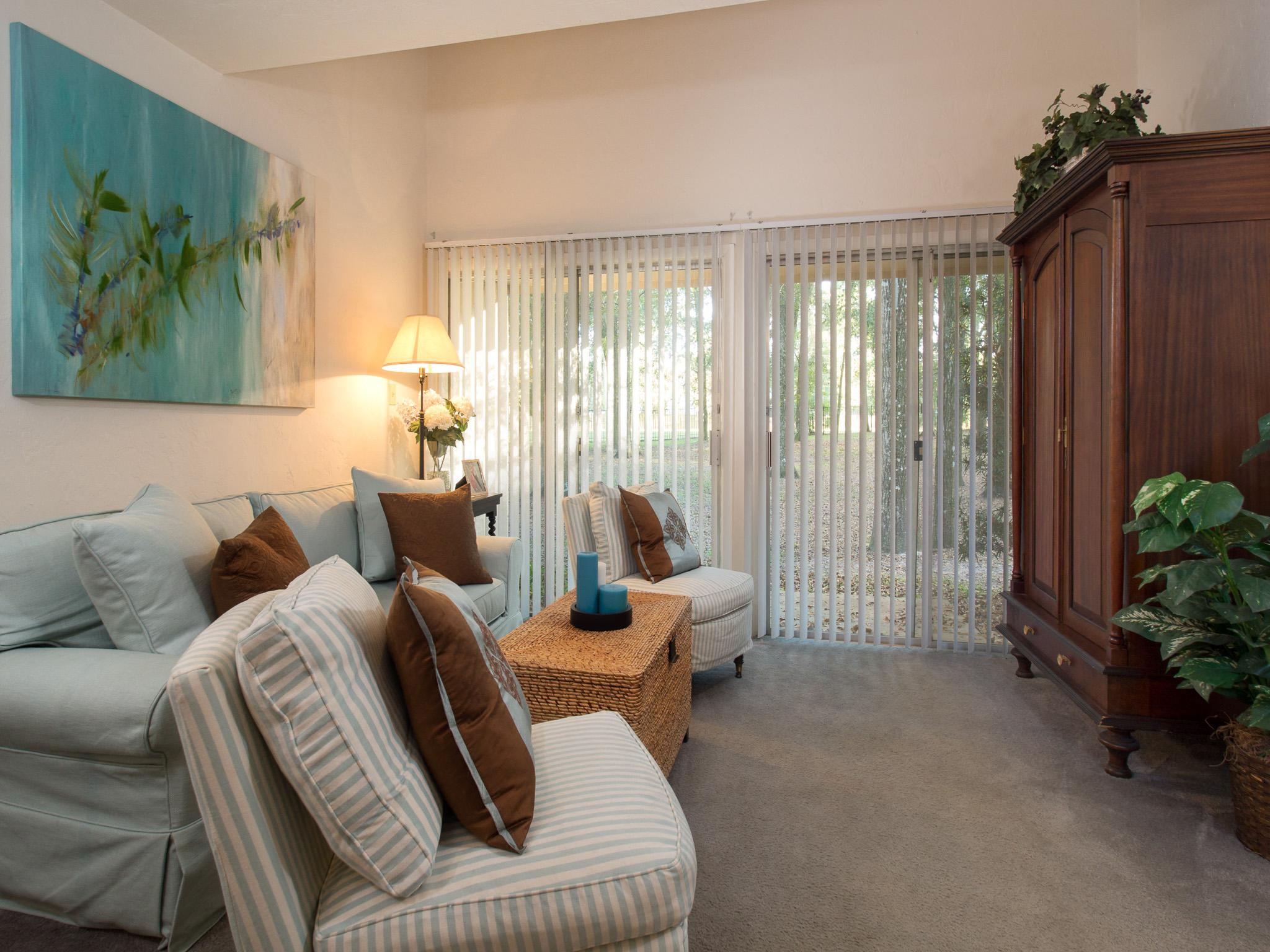 Carpet in Living & Bedrooms