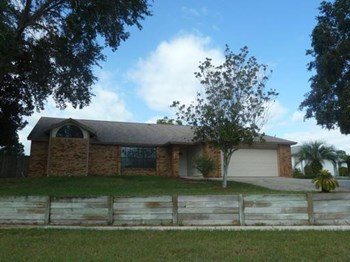 9204 Baton Rouge Drive 4 Beds House for Rent Photo Gallery 1