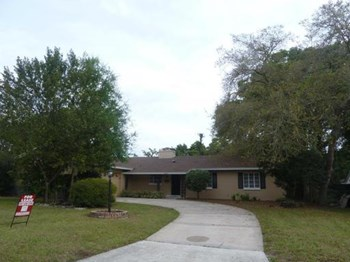 2085 Falmouth Road 3 Beds House for Rent Photo Gallery 1