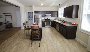 128 Peachtree Memorial Drive 1-2 Beds Apartment for Rent Photo Gallery 1