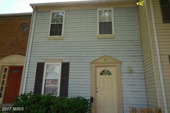 19 Cross Laurel Ct. 2 Beds House for Rent Photo Gallery 1