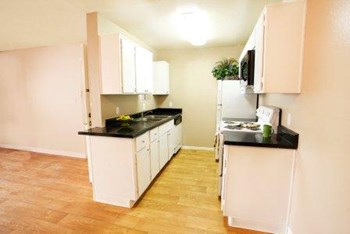 15010 N. 59th Ave. 1-2 Beds Apartment for Rent Photo Gallery 1