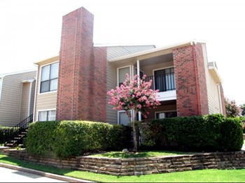 7150 E Grand Ave 1-3 Beds Apartment for Rent Photo Gallery 1