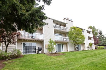 14014 Admiralty Way 1-2 Beds Apartment for Rent Photo Gallery 1